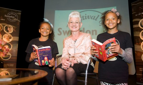 Jacqueline Wilson and two fans. Photo by ©Calyx Pictures