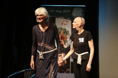 Leslie Tate and Sue Hampton, photo © Fernando Bagué